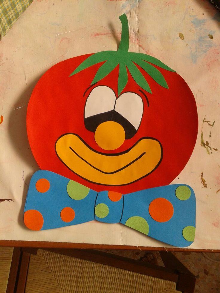 Pomodoro in cartoncino vanti retro per decorazione corridoio mensa scuola materna. ...progetto cibo