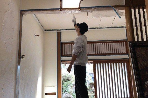 昭和の砂壁玄関をdiyで漆喰塗装にセルフリノベーション Vol 19 砂壁