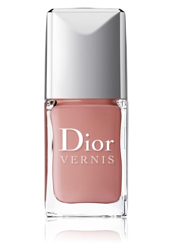 Dior Sienna Brownish Pink Nail Polish.  Must have!