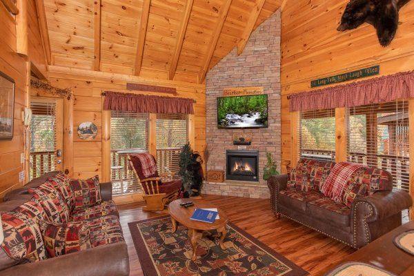 Bearfoot Memories Luxury 2 Bedroom Pigeon Forge Cabin Rental Cabin Luxury Cabin Rental Cabin Rentals