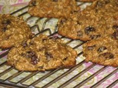 Giant Oatmeal Raisin Breakfast Cookies | Lose Weight by Eating | Lose Weight By Eating