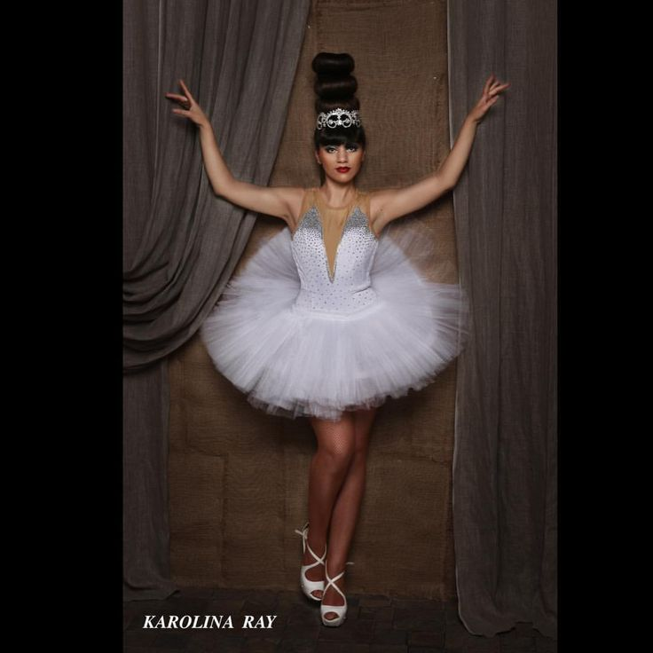 46 отметок «Нравится», 4 комментариев — Karolina Ray (@karolina_ray) в Instagram: «#circuscostume #karolinaray #цирковоеателье #балет #цирковойкостюм #prostyle #prostylestudio»