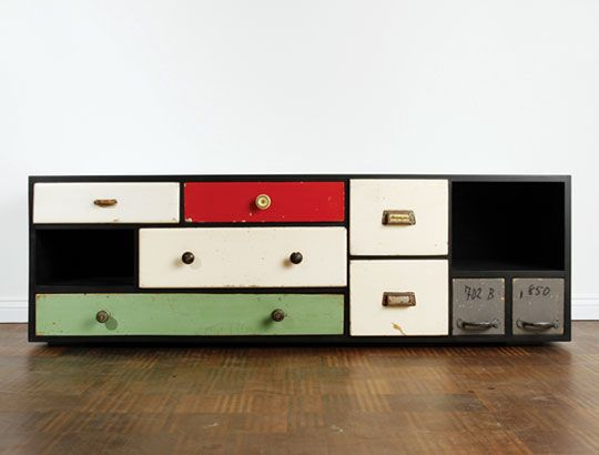 Recycled drawers unit