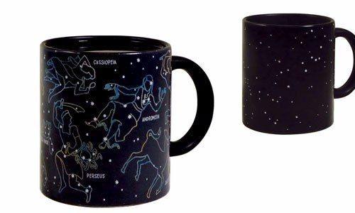 Porque siempre es lindo mirar las constelaciones, hasta en el desayuno. Tazas magicas