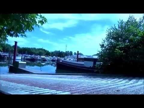 bord de seine pont de juvisy pour ce qui ont une barque peche au sandre et autre poisson  #autre #barque #juvisy