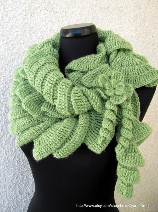 Crochet Patterns Ruffle Scarf : Crochet Ruffle Scarf Pattern Craft Ideas Pinterest