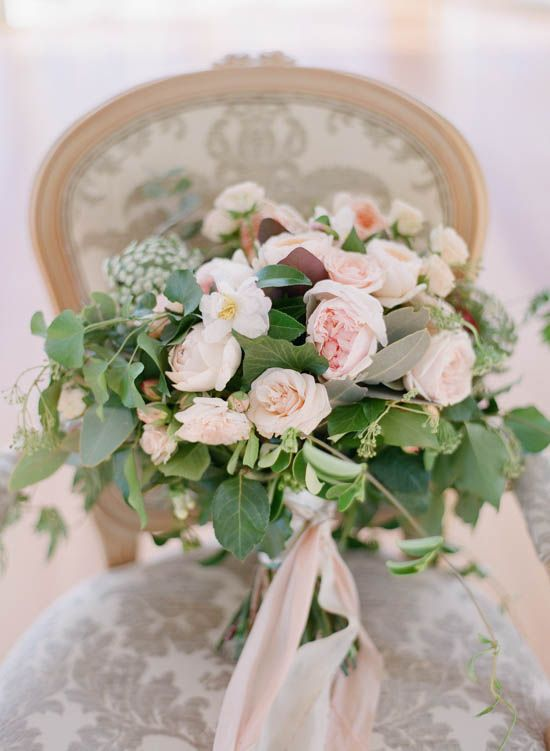 Romantic Country House Wedding Inspiration from Blooming Love Events and Qlix Photography | Simply Peachy Wedding Blog