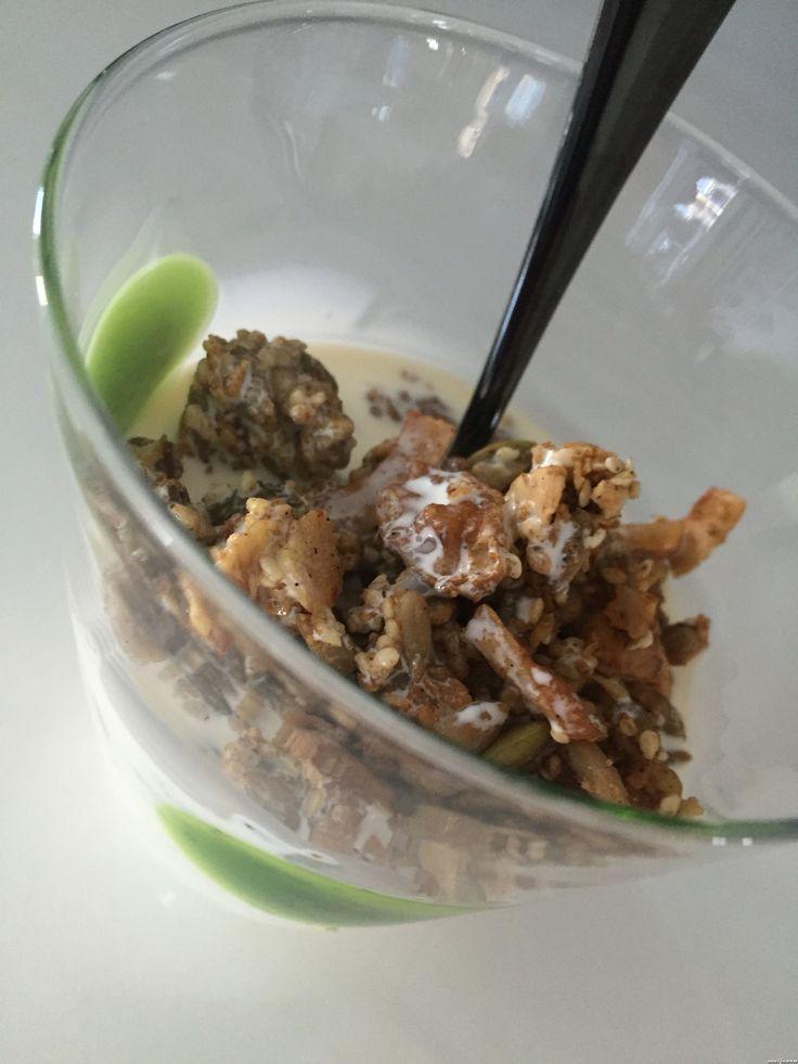 LCHF granola med lakrits