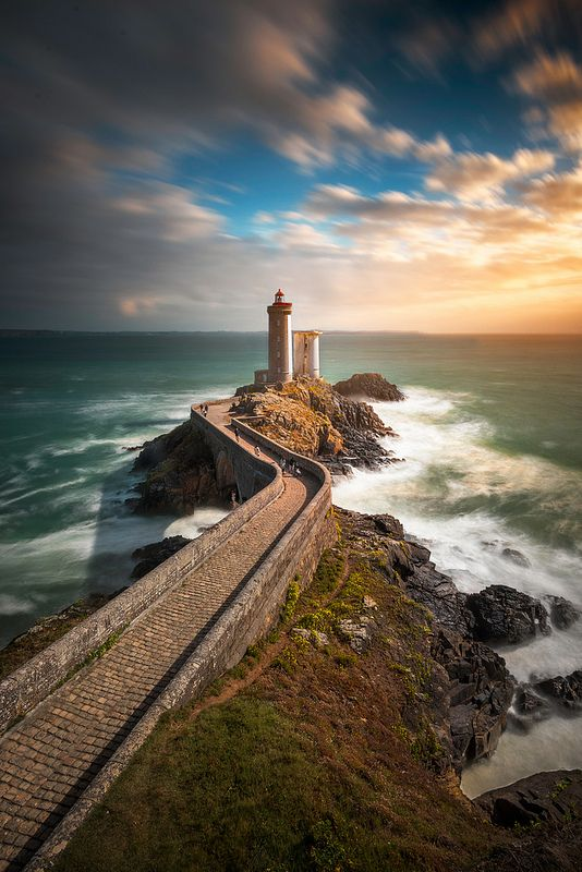 phare du petit minou | by Objectif dizi (O.DPhotographies)