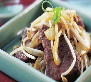 Grilled Beef Fillet Cantonese Style With honey sauce & onions