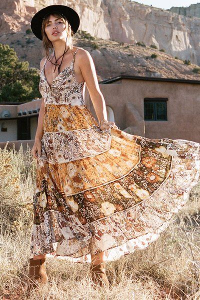 201d688ca632 The best boho brands every hippie girl needs to know about | outfits ...