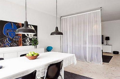 прозрачная штора для зонирования гостиной и столовой