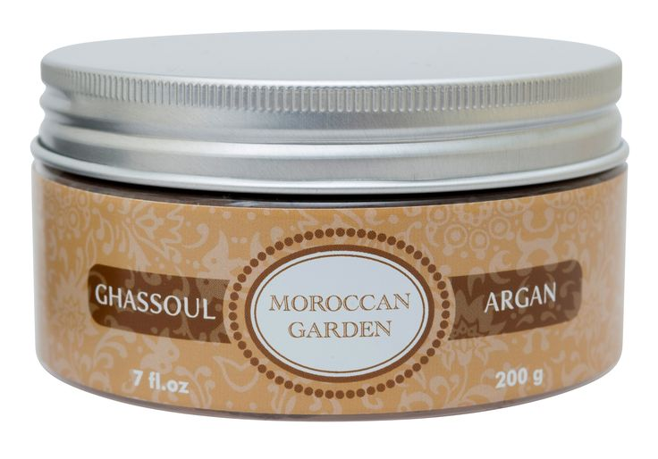 De Moroccan Garden Ghassoul Klei verrijkt met arganolie.  De Ghassoul Klei is een zeepachtige klei die van oudsher gebruikt wordt door de Noord-Afrikaanse bevolking en in delen van het Midden-Oosten. De natuurlijke eigenschap van Ghassoul, het absorberen van talg, maakt de Ghassoul de behandeling tegen acne. Ghassoul Klei van Moroccan Garden fungeert ook als een exfoliant.