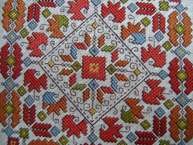 Master hand embroidery: Todorka Grigorova