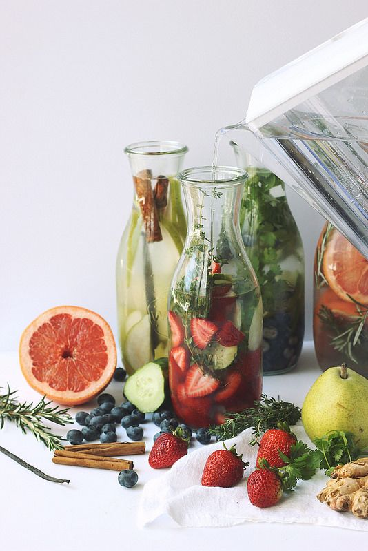 Stay Hydrated // How-to Make Infused Spa Water at Home - Tasty Yummies