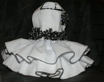 Tuitti Fruitti colección blanco y negro vestido de arnés
