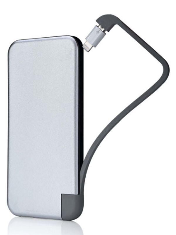 Elegancki power bank reklamowy o dużej pojemności akumulatora z zamontowanym w obudowie kablem. Dzięki takiemu rozwiązaniu nie trzeba pamiętać o zabraniu kabla z domu. 6000mAh wystarczy na dwukrotne ładowanie telefonu.  http://elektronika-reklamowa.eu/pl/classic/93-power-bank-er-classic-cc3p108plus-metalowy-acc3p108plus.html  #elektronikareklamowa #zlogo #powerbank