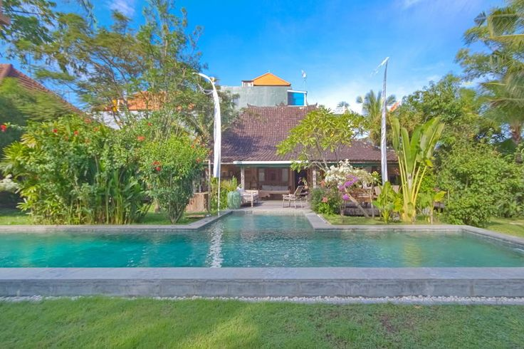 Villa Bona | 5 bedrooms | Seminyak #old #joglo #villa #large #swimmingpool