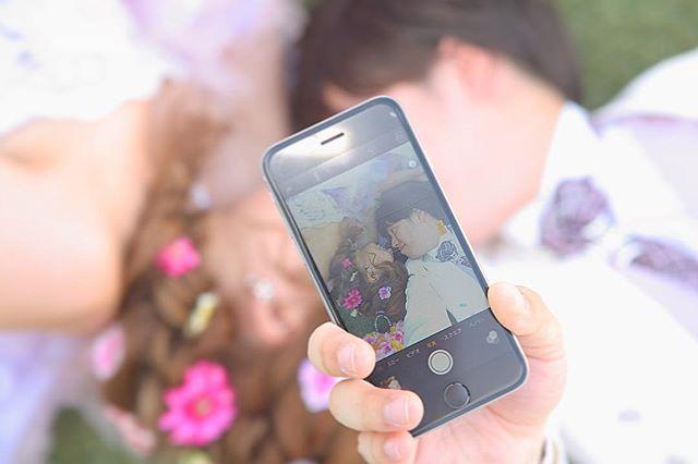 ⚜ . 前撮りデータ頂きました📀✨ . 前撮りレポ🎬...✎*。 カラードレスversion🐸🌷🌼 . 指示書に入れてたこのshot🎬💕 . うんうん☺️良い感じ💭💓💓 . 前撮りのデータって何枚くらいが 平均なんやろう🤔💭💫 思ってたより少なくてちょっと びっくりしちゃった😳笑 . いつもディズニーで1000枚単位で 撮るから私の感覚がおかしいのかも しれないけど🙄💛💜笑 . . #結婚式 #wedding #前撮り #rapunzel #cute #love #プレ花嫁 #結婚準備 #ディズニーテーマ #2016秋婚 #関西プレ花嫁 #全国のプレ花嫁さんと繋がりたい