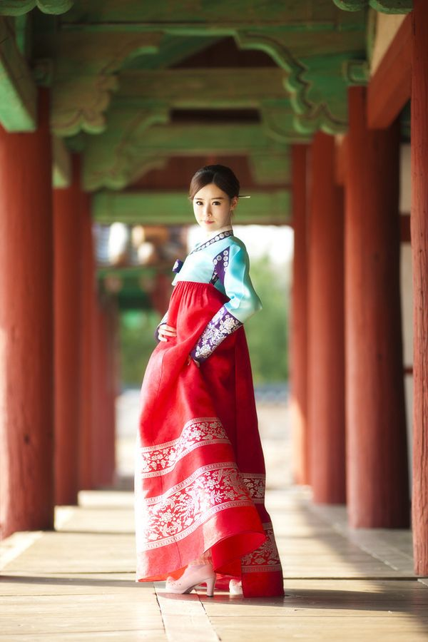Hanbok | Korea, I need a new one! I miss wearing it on traditional Korean holidays.