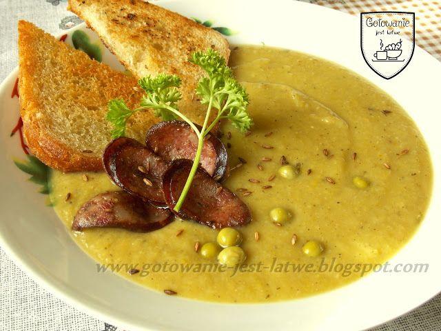 Gotowanie jest łatwe: Zupa krem z brukselki i groszku z grzankami i kieł...