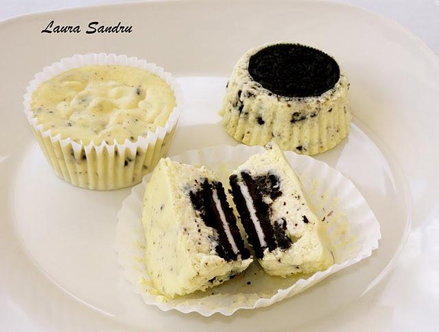 Omg!! Oreo Cookie Cupcakes!