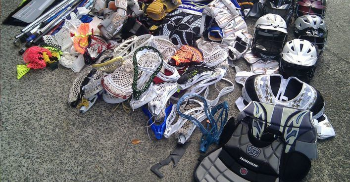 The ultimate lacrosse goalie gear guide. Full list of all the lax goalie gear required to play in goal along with my recommendation for specific items.