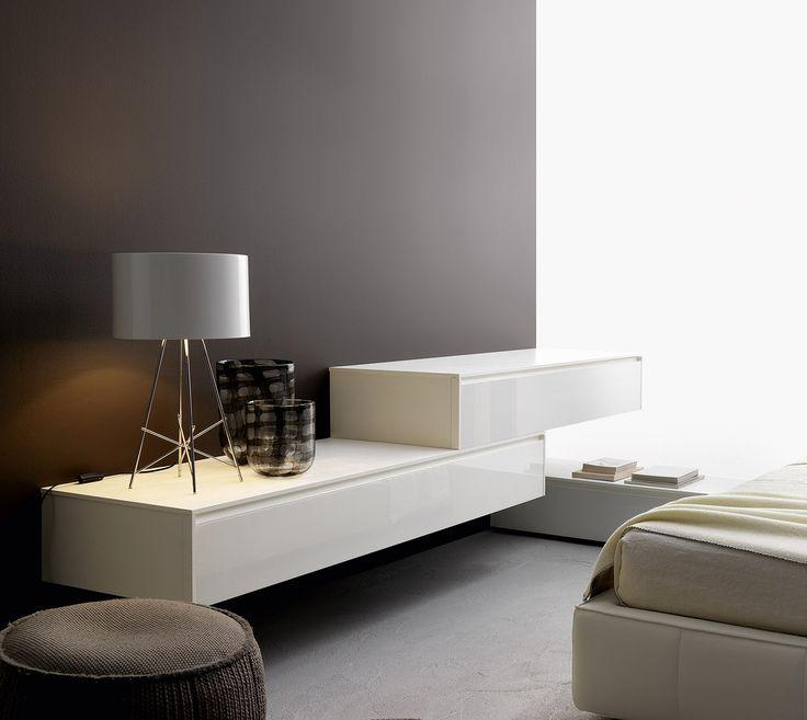 Eine Zeitlos Moderne Wandkommode Für Einen Optischen Blickfang Von  Livitalia. #modern #interior #