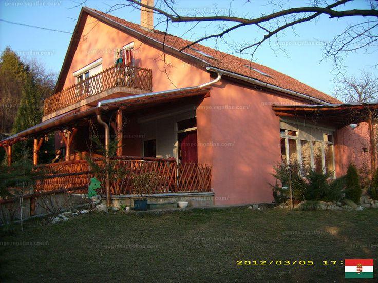 Eladó családi ház, Pest megye, Pomáz, 39.8 M Ft, 285 m² #6394168