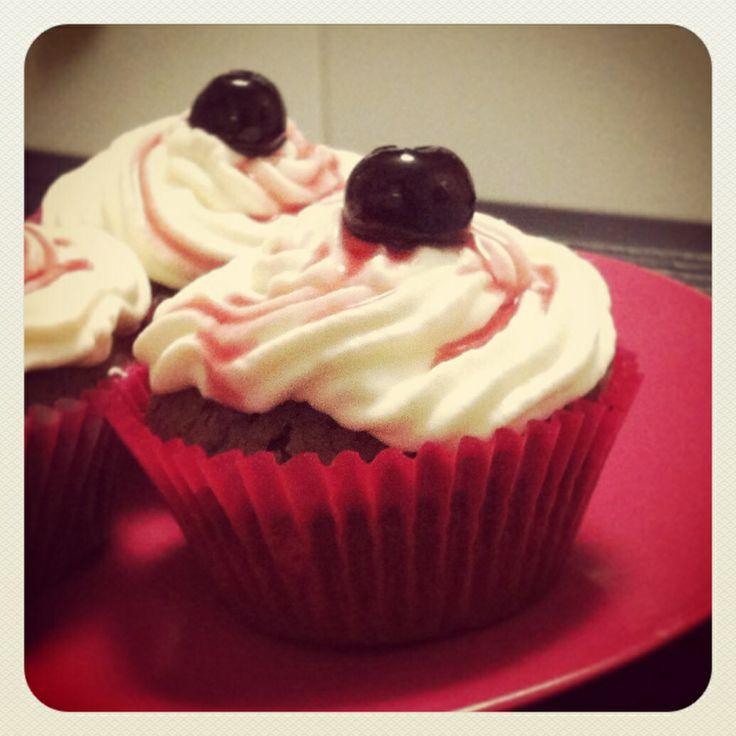 Black & white chocolate cupcakes with black cherry