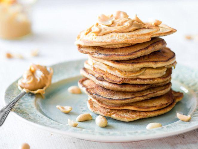 Esst mehr Nüsse! Low-Carb-Pancakes mit Erdnussbutter