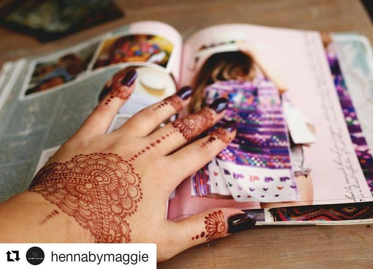 #follow@hennafamily #hennafamily #Repost @hennabymaggie  My two favorite things henna and @disfunkshionmag Happy Monday  #mandala #yogainspiration #natural #geometric #henna #hennatattoo #hennadesign #hennatattoos #hennainspire #hennaart #hennahands #tattoo #body #bodyart #art #nature #allnatural #desmoines #iowa #omaha #ne #515 #essentialoils #disfunkshionmag #disfunkshion #tropical