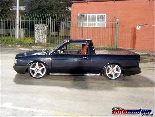 """Saveka - Veículo VW SAVEIRO CL - TURBO - 190CV - 0,6kg <BR>Ano: 90 <BR>Cor: Azul marinho <BR>Potência: 190cv estimados com 0,6kg de pressão <BR>Rodas e pneus Rodas: ProRace 17"""" <BR>Pneus: 205/40/17 <BR>Modificações externas Suspensão: À rosca da Impacto <BR>Freios: Discos de freio ventilado e pinça do santana <BR>Lataria: Pára-lamas alargados, maçaneta de santana (sem miolo), spoiler lateral saveiro sammer e retrovisor de Gol 1000 <BR>Reforços: barra de torção da longarina e do túnel…"""
