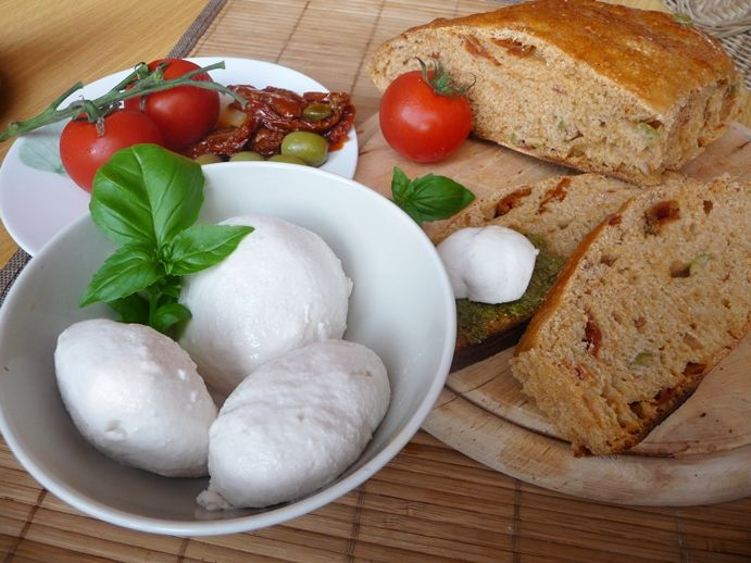 Kešu-mozzarella