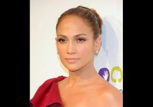 Jennifer Lopez for acupuncture and weight loss!