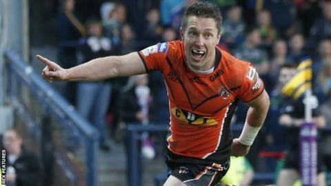 Luke Dorn: Castleford Tigers full-back to retire at end of season