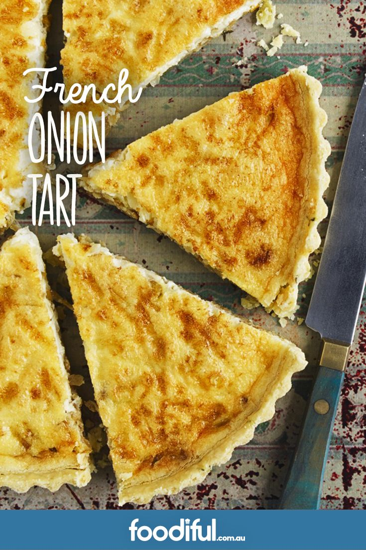 Learn the art of making your own pastry with the easy, 3-ingredient pastry in this recipe. With a filling of only 5 ingredients, this tart is easy. The recipe serves 8 people and takes 2 hours.