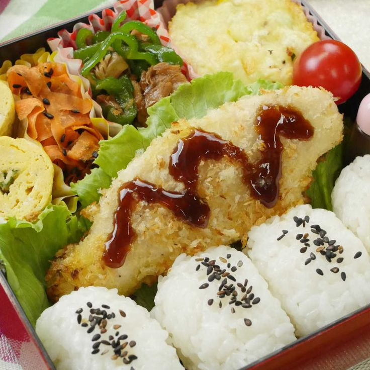 なんと5品15分!手作り幕の内弁当のレシピ 【豪華ねぼすけ】 - macaroni