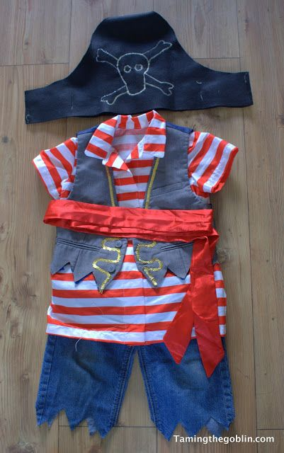 DIY Pirate Halloween Costume – So easy!