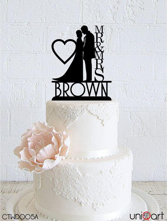 Bride and Groom Personalized Wedding Cake Topper, Customizable Lastname, Removable Stakes, Free Base for After Event, Gift Keepsake CTWD005A