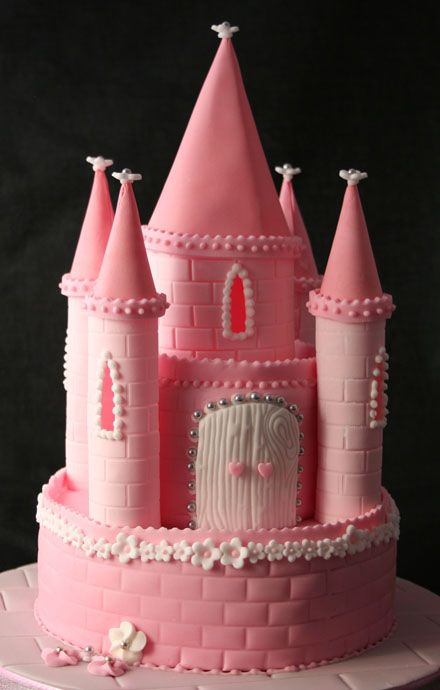 Princess Castle Cake...Kimmy- are you up for this?