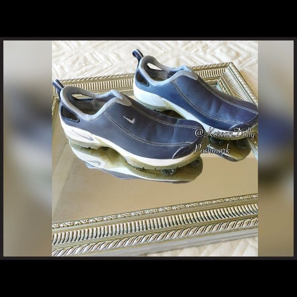 ⛳️Nike Golf Shoes⛳️ This shoe has been worn couple of times. Found out that I'm not that good so I retired my shoes and the clubs! Nike Shoes Athletic Shoes