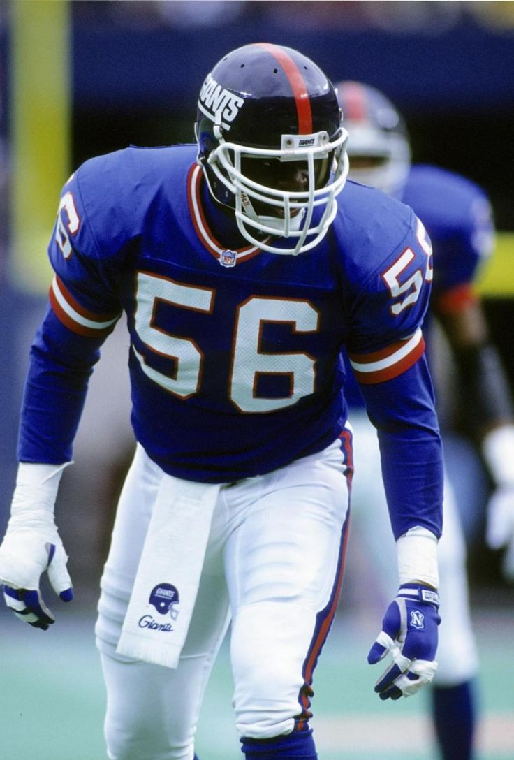 LAWRENCE TAYLOR is coming on a BLITZ. You already know it! https://www.amazon.com/gp/most-wished-for?&tag=endzoneblog-20&camp=222353&creative=494241&linkCode=ur1&adid=1ME5YDDAR6B91XKGZH53&