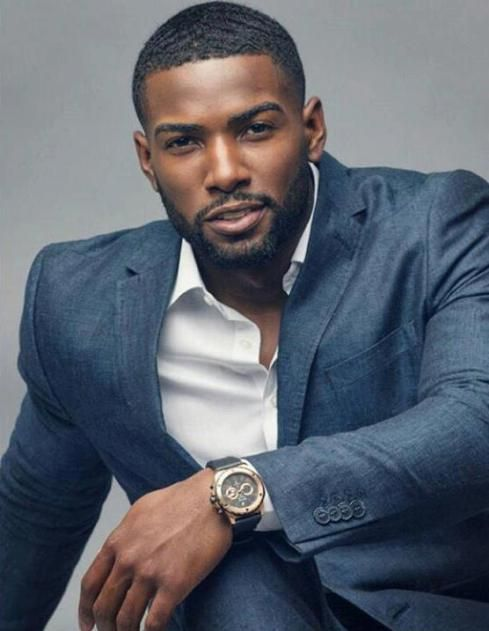"Donnell Blaylock Jr. Real Estate Agent Turned Model Boosts Career With ""Chocolate""