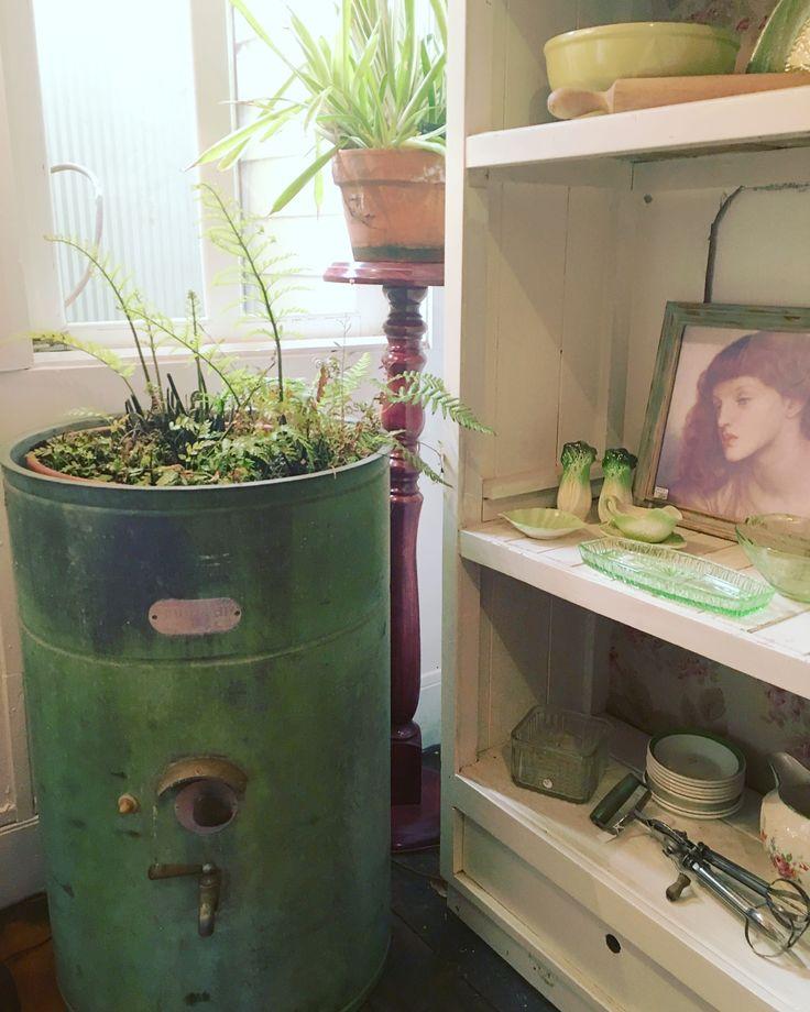 Vintage green @rustemporium