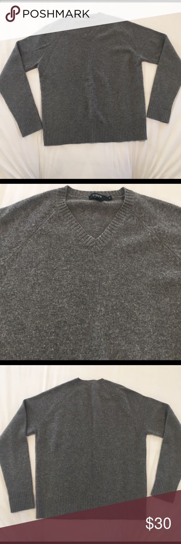 J. Crew Men's Wool Sweater Gray v-neck 100% lambs wool. J. Crew Sweaters V-Neck