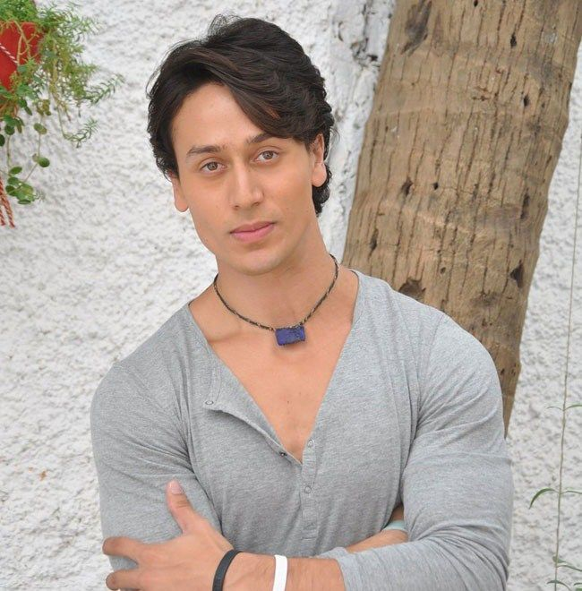 Tiger Shroff Height, Weight, Biceps Size and Body Measurements