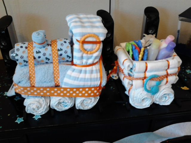 How To Make A Train Diaper Cake For A Boy