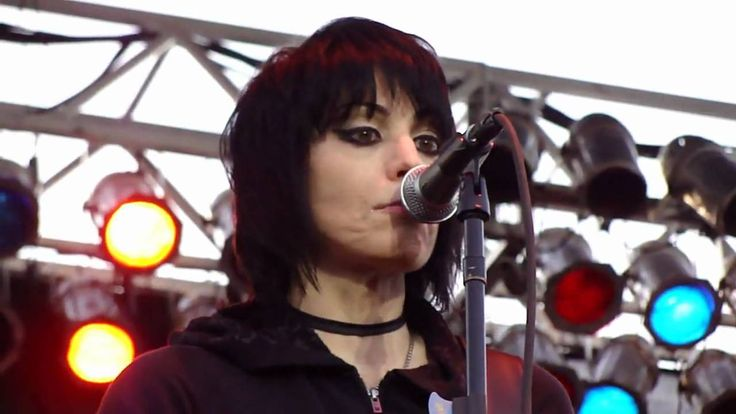 "JOAN JETT AND THE BLACKHEARTS - ""Light Of Day"" @ Sonoma-Marin Fair, Peta..."