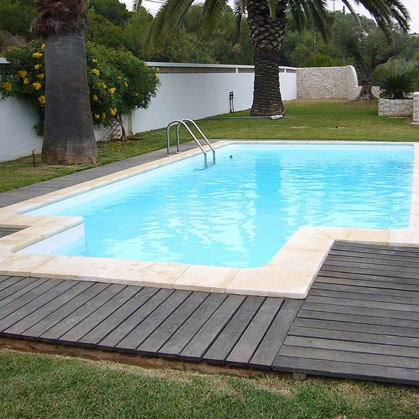 les 25 meilleures id es de la cat gorie piscine acier sur pinterest pergola en acier cl ture. Black Bedroom Furniture Sets. Home Design Ideas